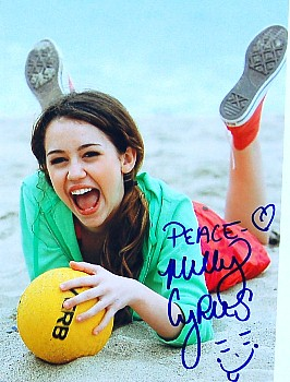 MYLIE CYRUS Autograph Signed Photo 8x10 COA